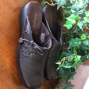 Brown leather slip-on shoes size 8 1/2